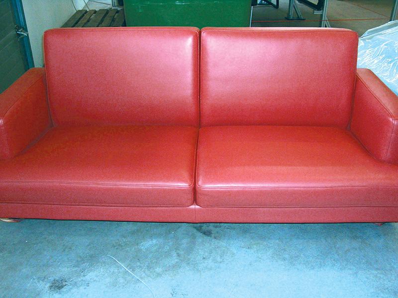 galerie polster reinigen auffrischen. Black Bedroom Furniture Sets. Home Design Ideas