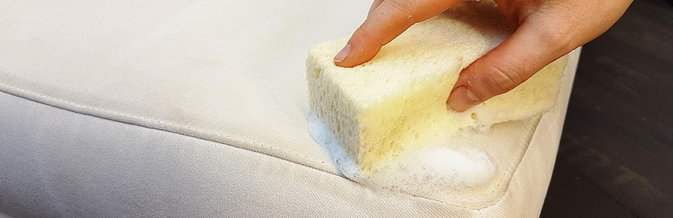 Polster reinigen eines Möbels - Polsterei Struck